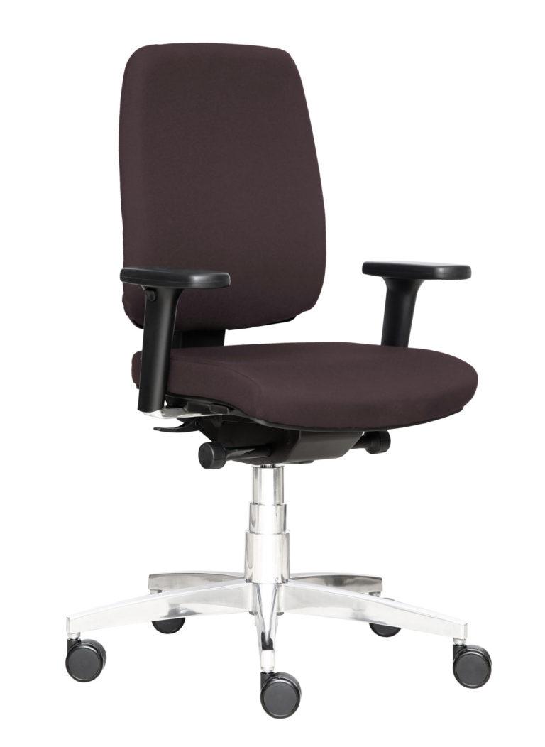 BB129 Chair - Chestnut