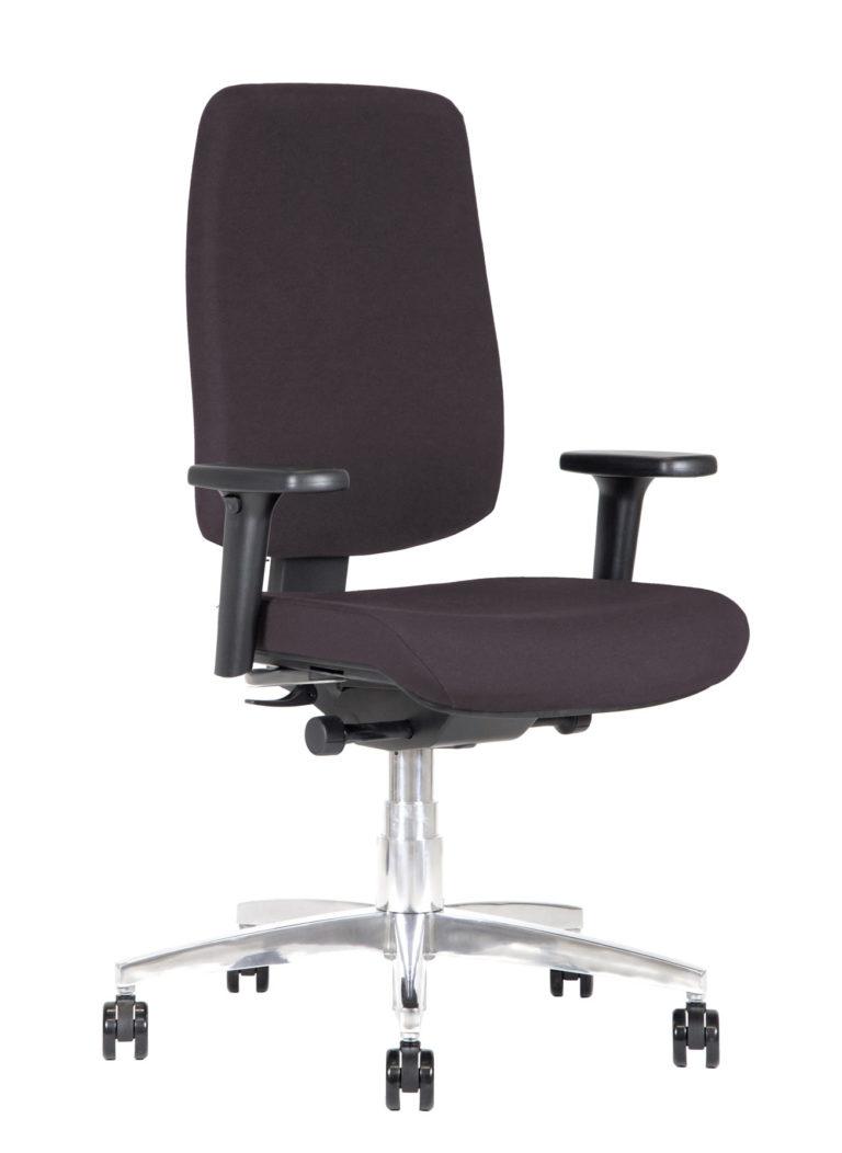 BB131 chair - Chestnut