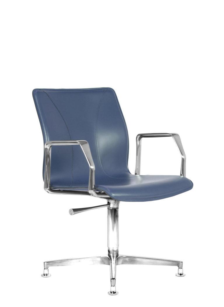 BB641.10 Chair - Sapphire
