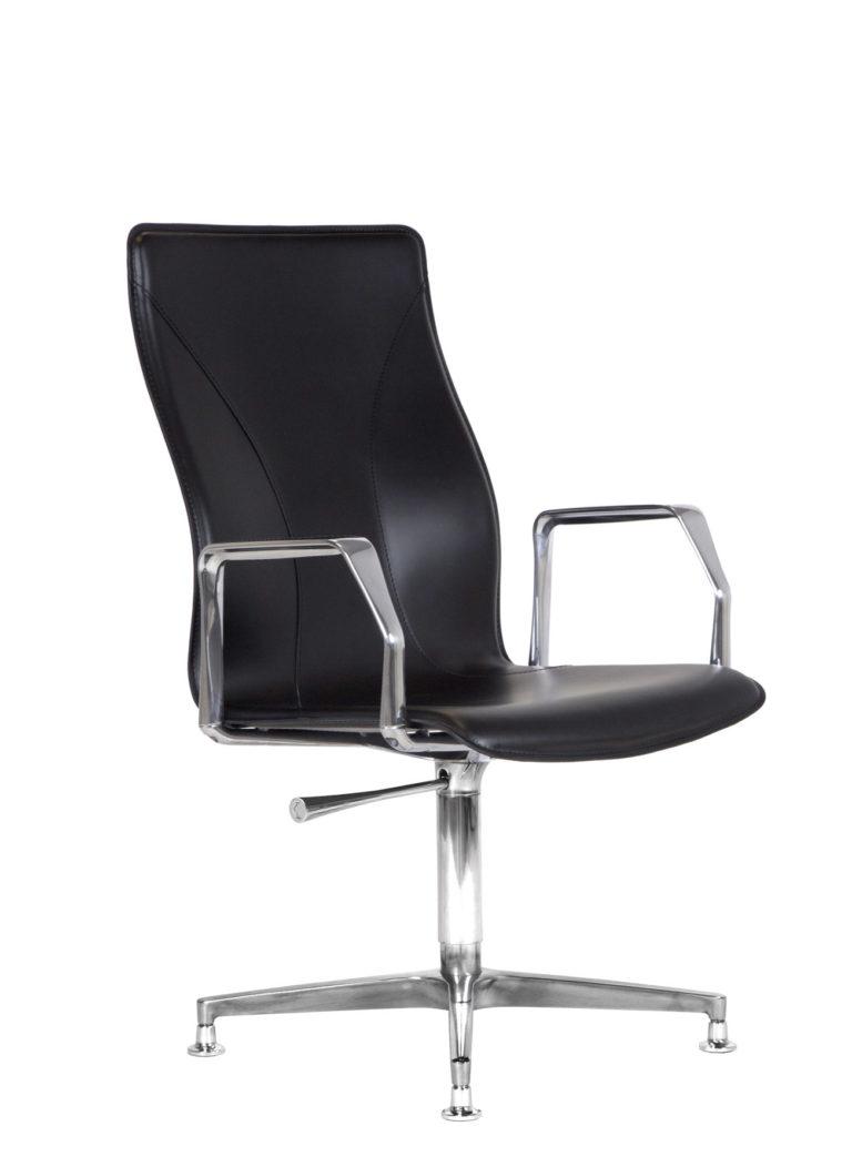 BB641.11 Chair - Black