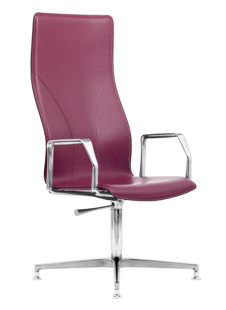 BB641.12 Chair - Amaranth