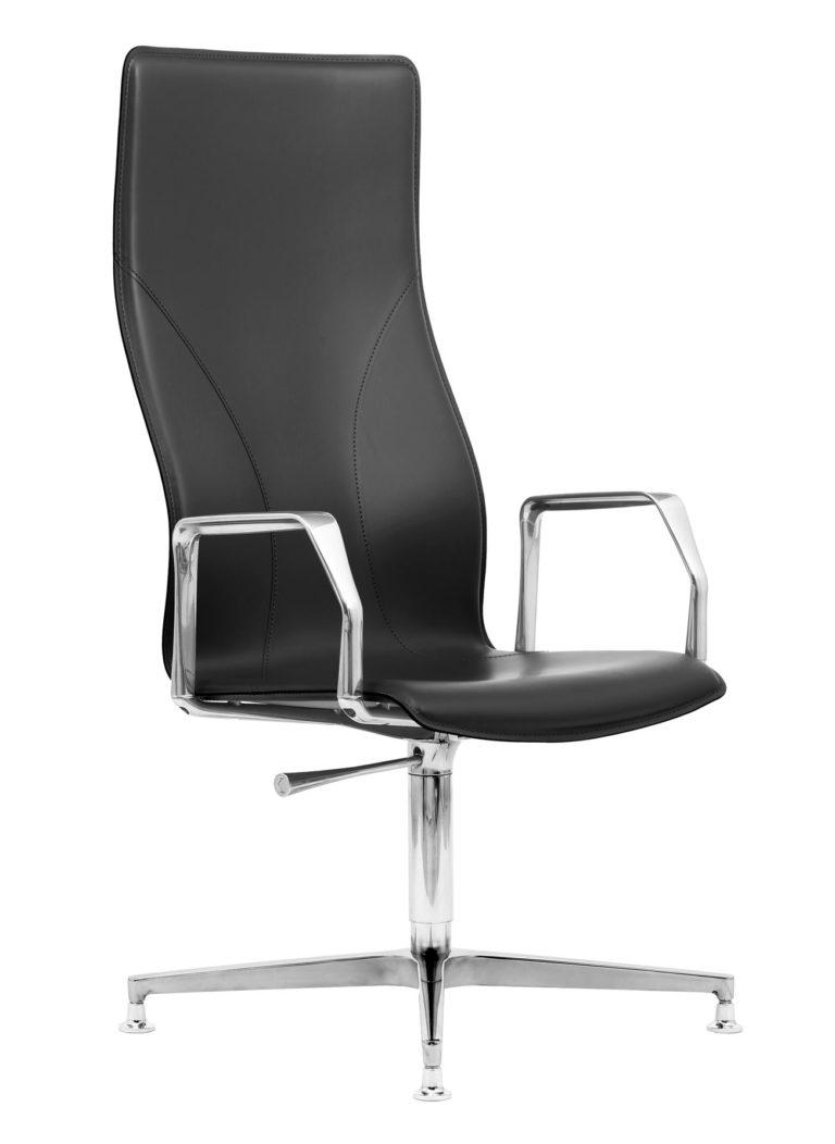BB641.12 Chair - Black
