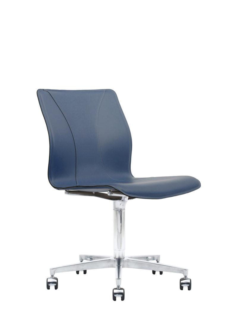 BB641.13 Chair - Sapphire