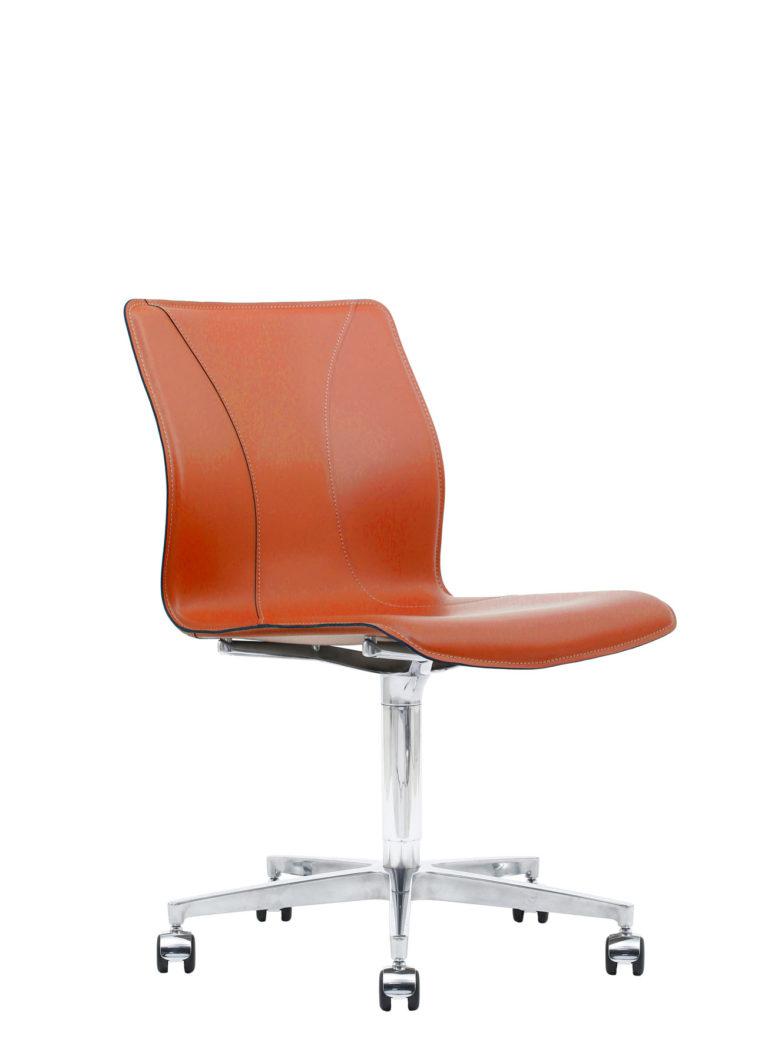 BB641.13 Chair - Lobster