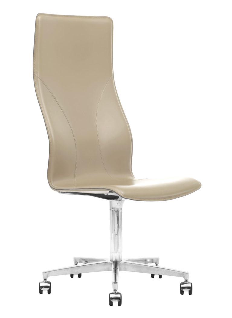 BB641.15 Chair - Cream