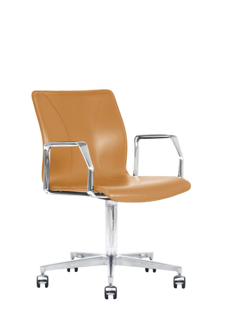 BB641.16 Chair - Colonial