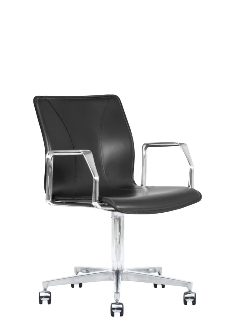 BB641.16 Chair - Black