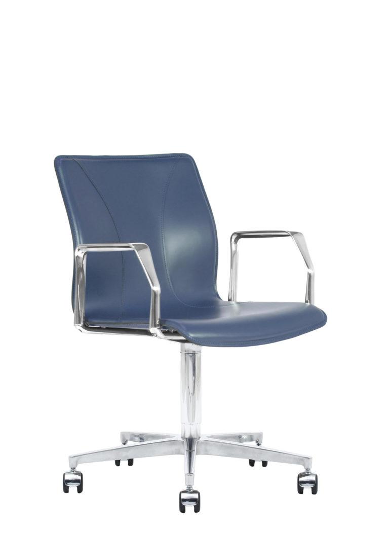 BB641.16 Chair - Sapphire