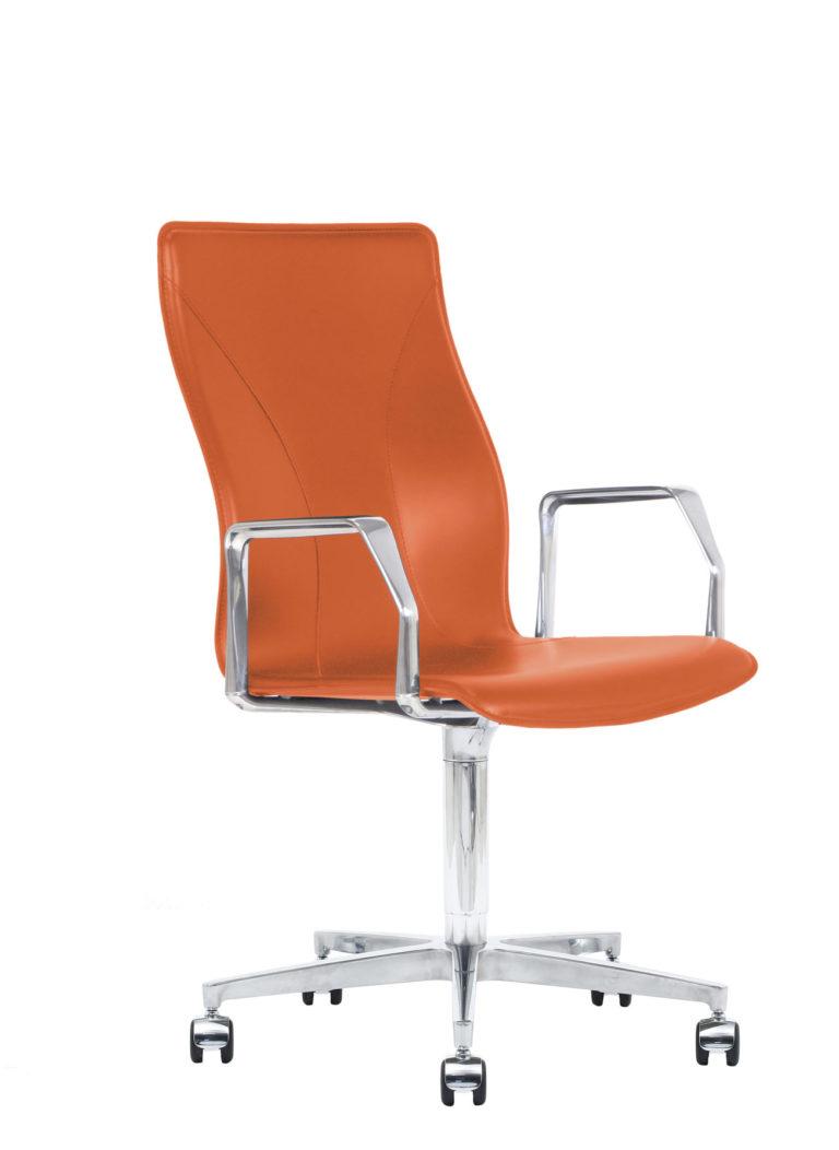 BB641.17 Chair - Lobster