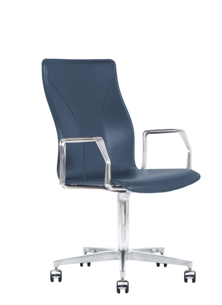 BB641.17 Chair - Sapphire