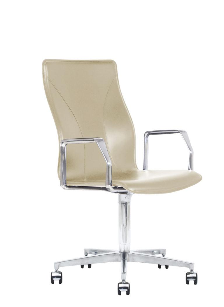 BB641.17 Chair - Cream