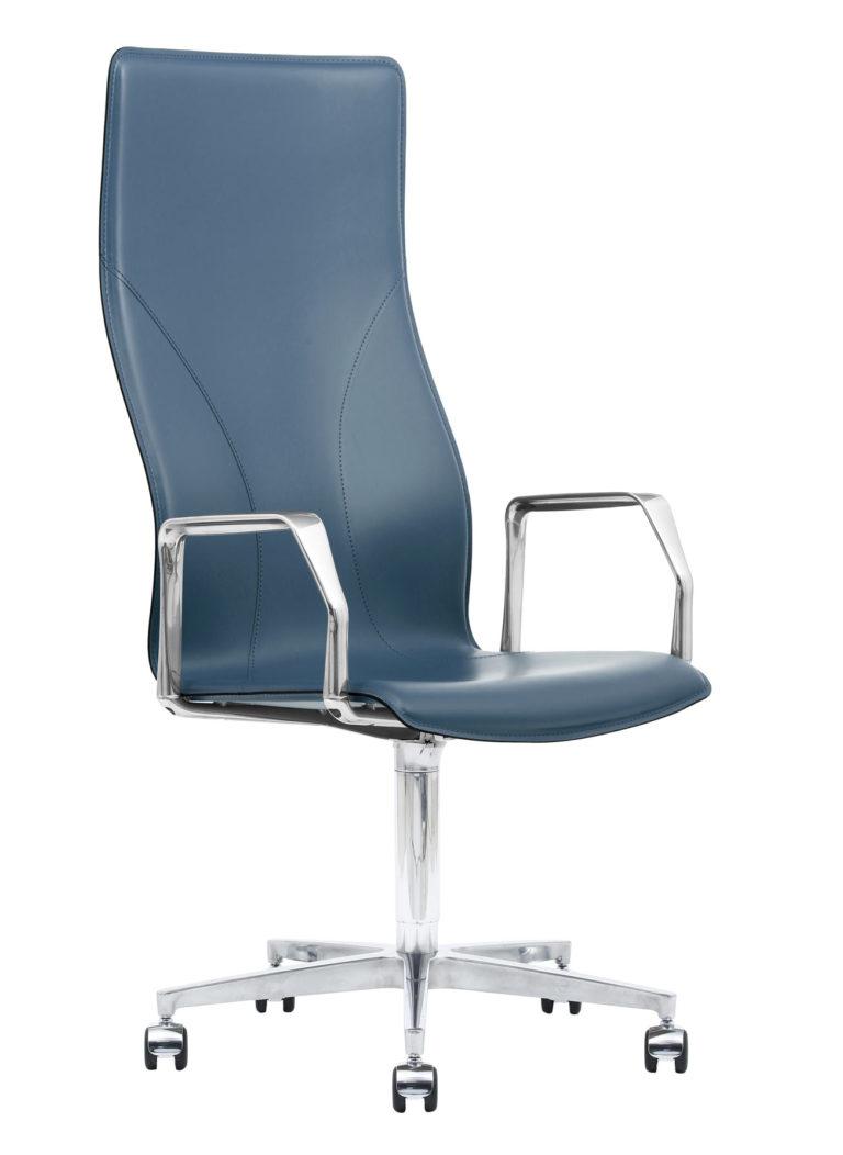 BB641.18 Chair - Sapphire