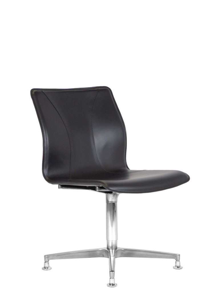 BB641.1 Chair - Black