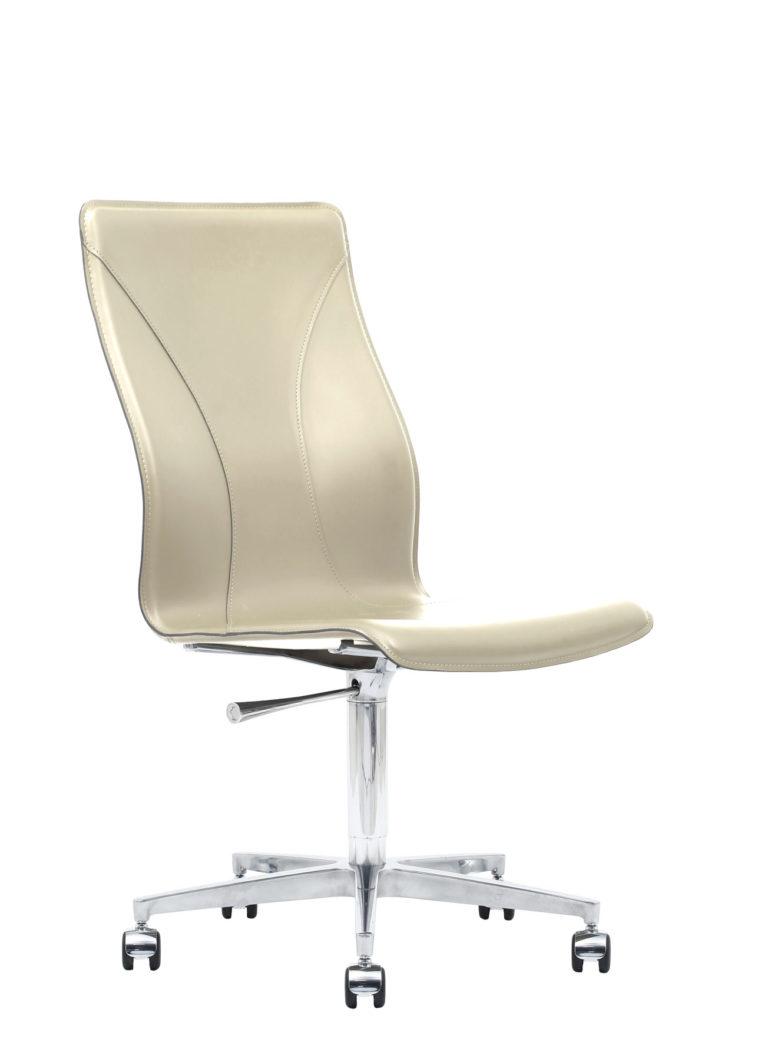 BB641.20 Chair - Cream