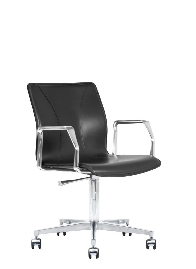 BB641.22 Chair - Black