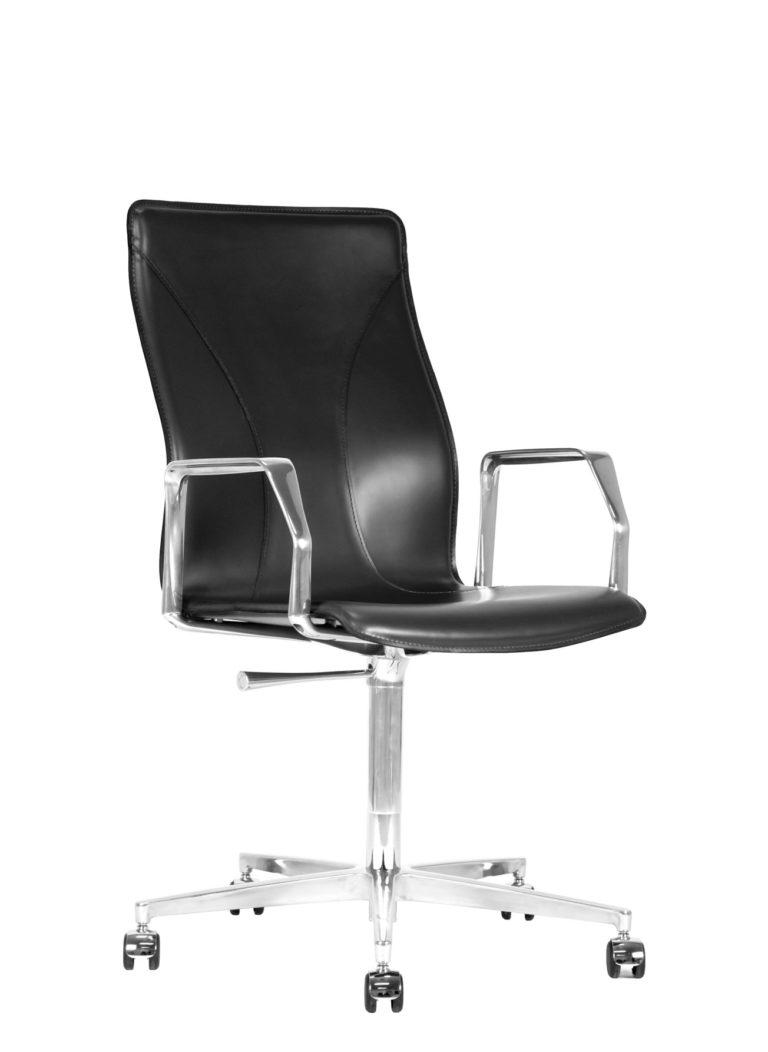 BB641.23 Chair - Black
