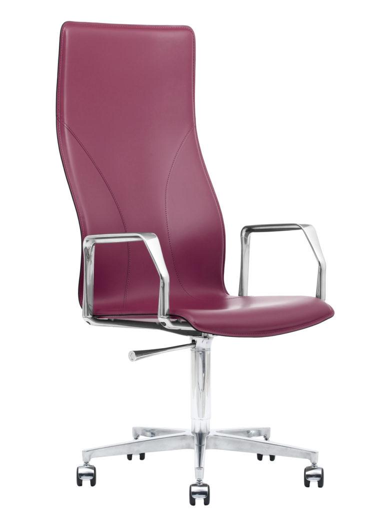 BB641.24 Chair - Amaranth