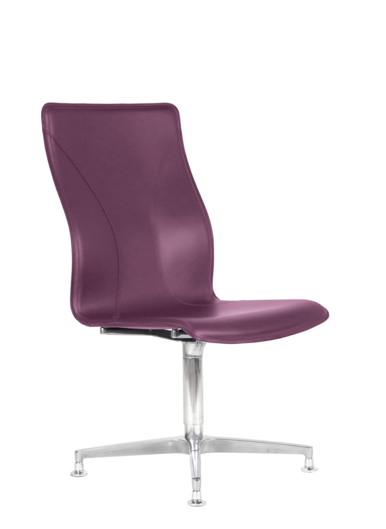 BB641.2 Chair - Amaranth