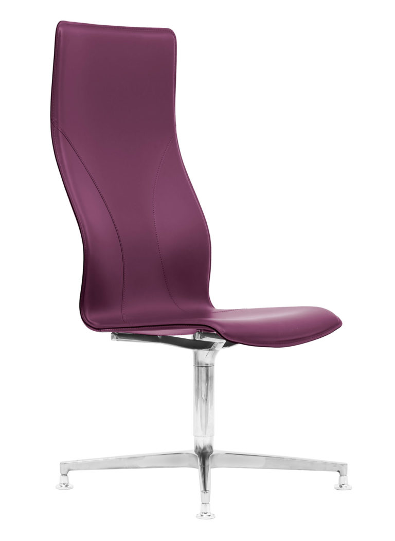 BB641.3 Chair - Amaranth