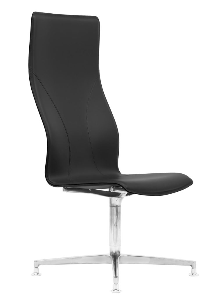 BB641.3 Chair - Black