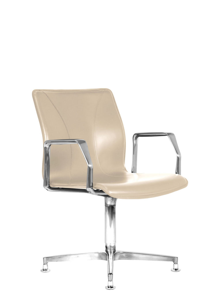 BB641.4 Chair - Cream