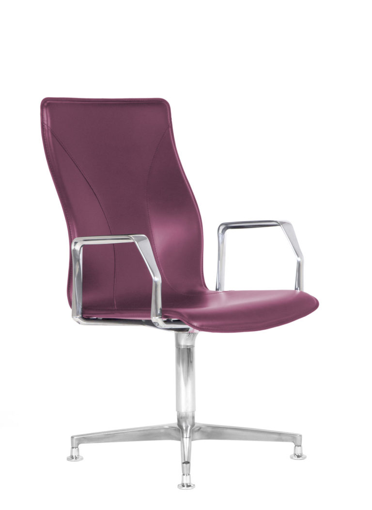BB641.5 Chair - Amaranth