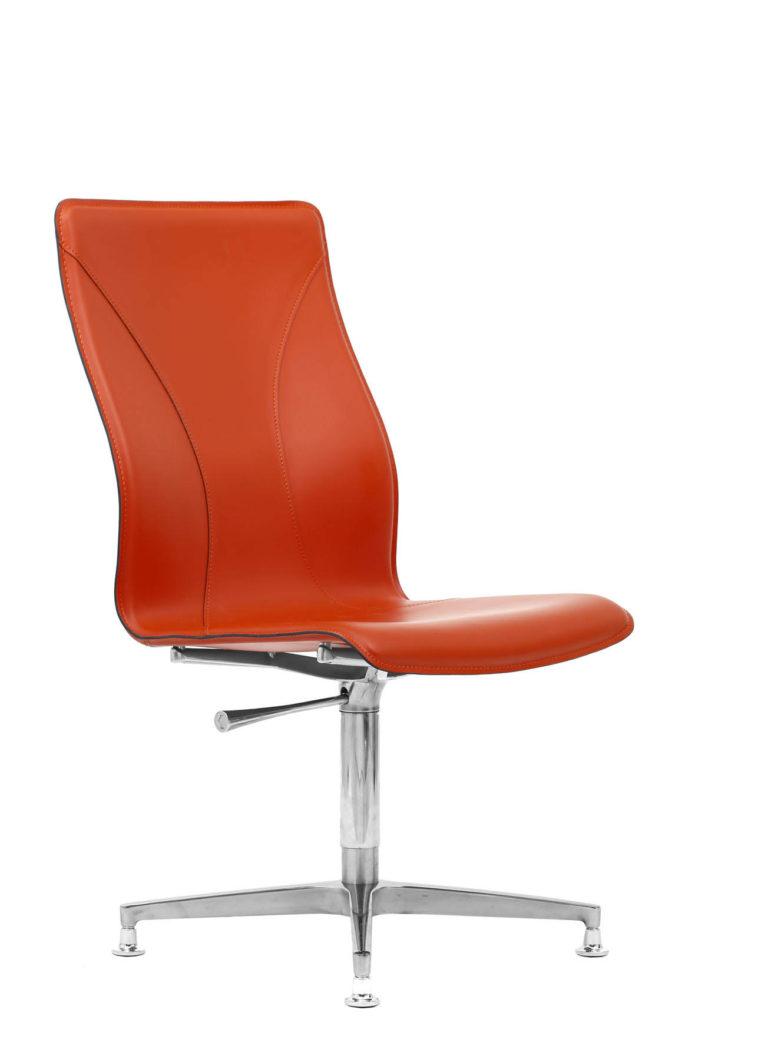 BB641.8 Chair - Lobster