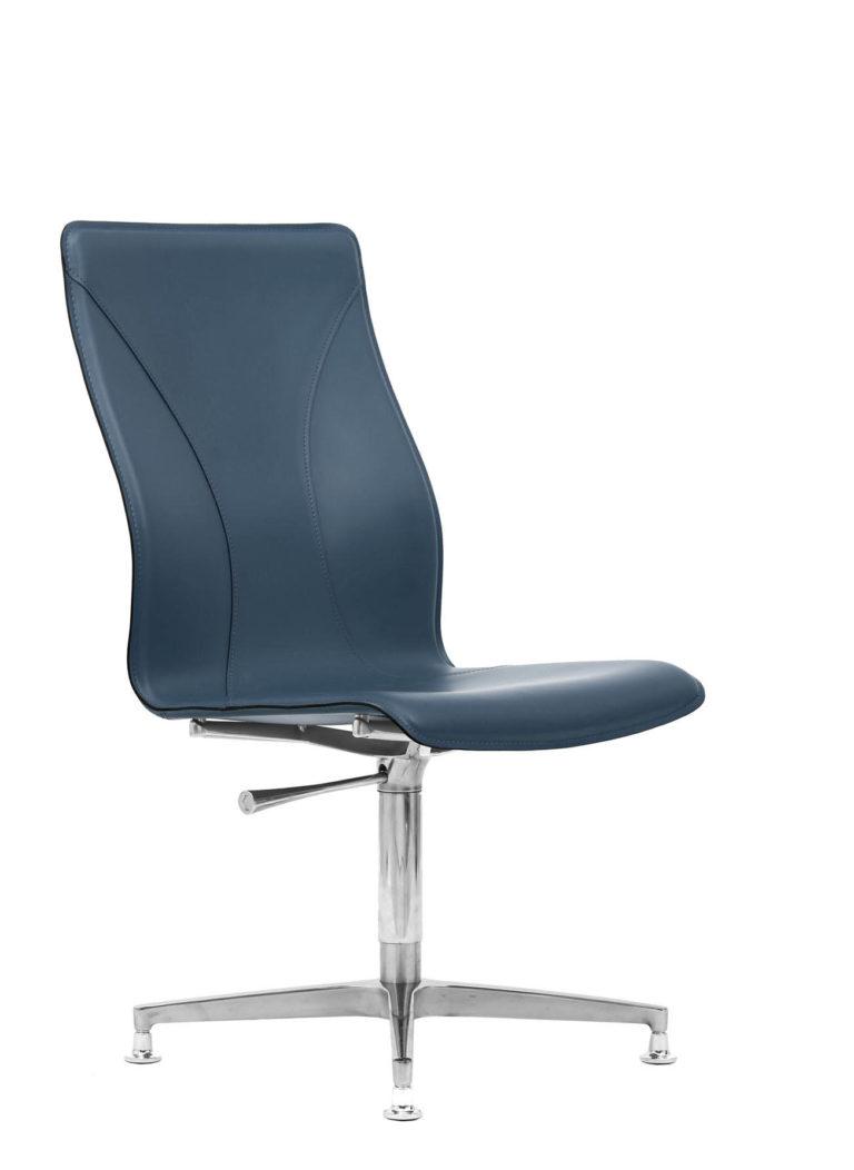 BB641.8 Chair - Sapphire