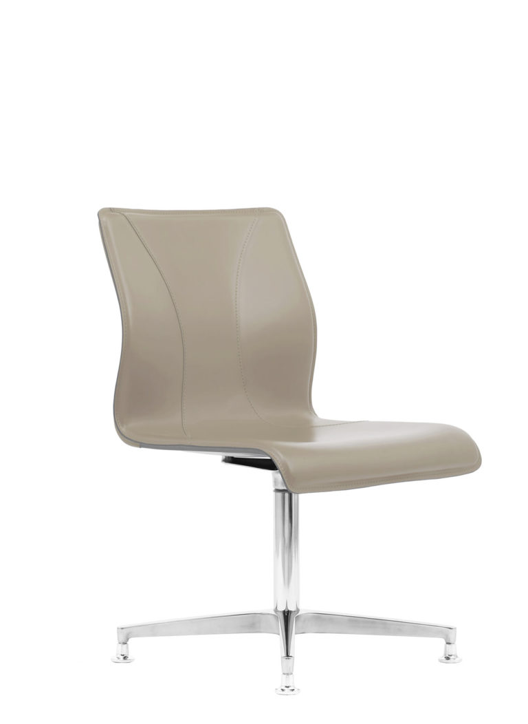 BB645.2 Chair - Cream