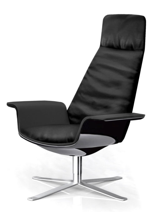 Lacquered wooden shell, Black leather upholstery